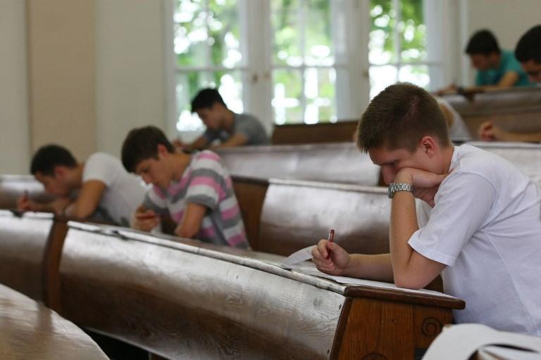 Više od 70 posto studenata ima vrlo nisko povjerenje u javne institucije