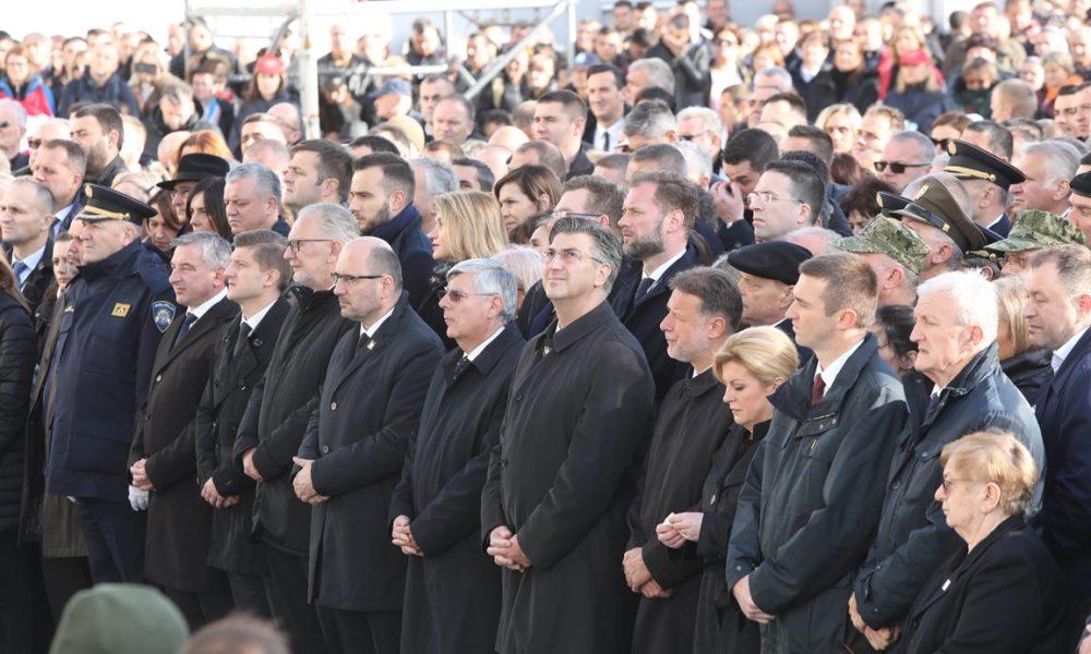 VUKOVAR Biskup Perić: Iz bezdana poraza rodila se velika pobjeda