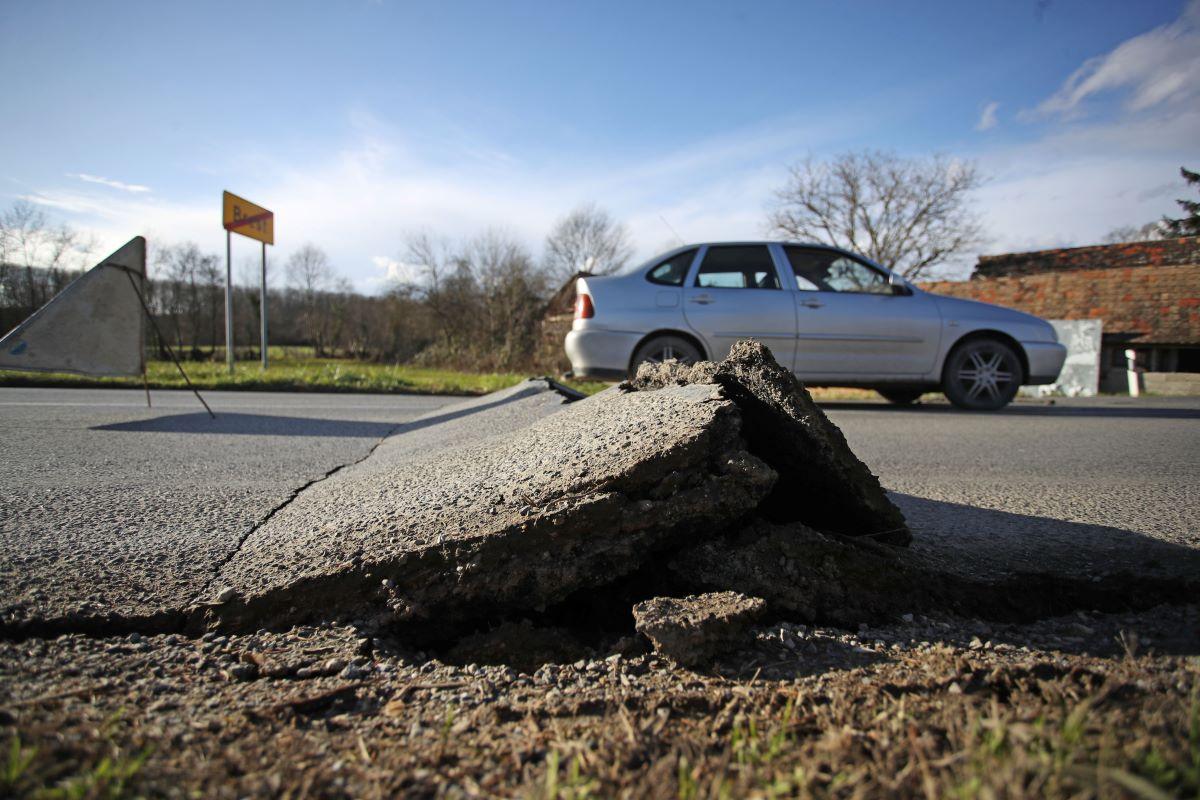 Butković: Signal na Banovini uskoro bolji, počinje obnova državnih cesta
